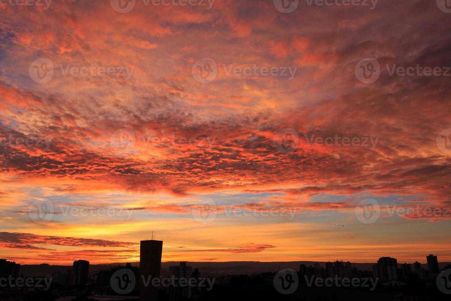 amanhecer (6:43) foto