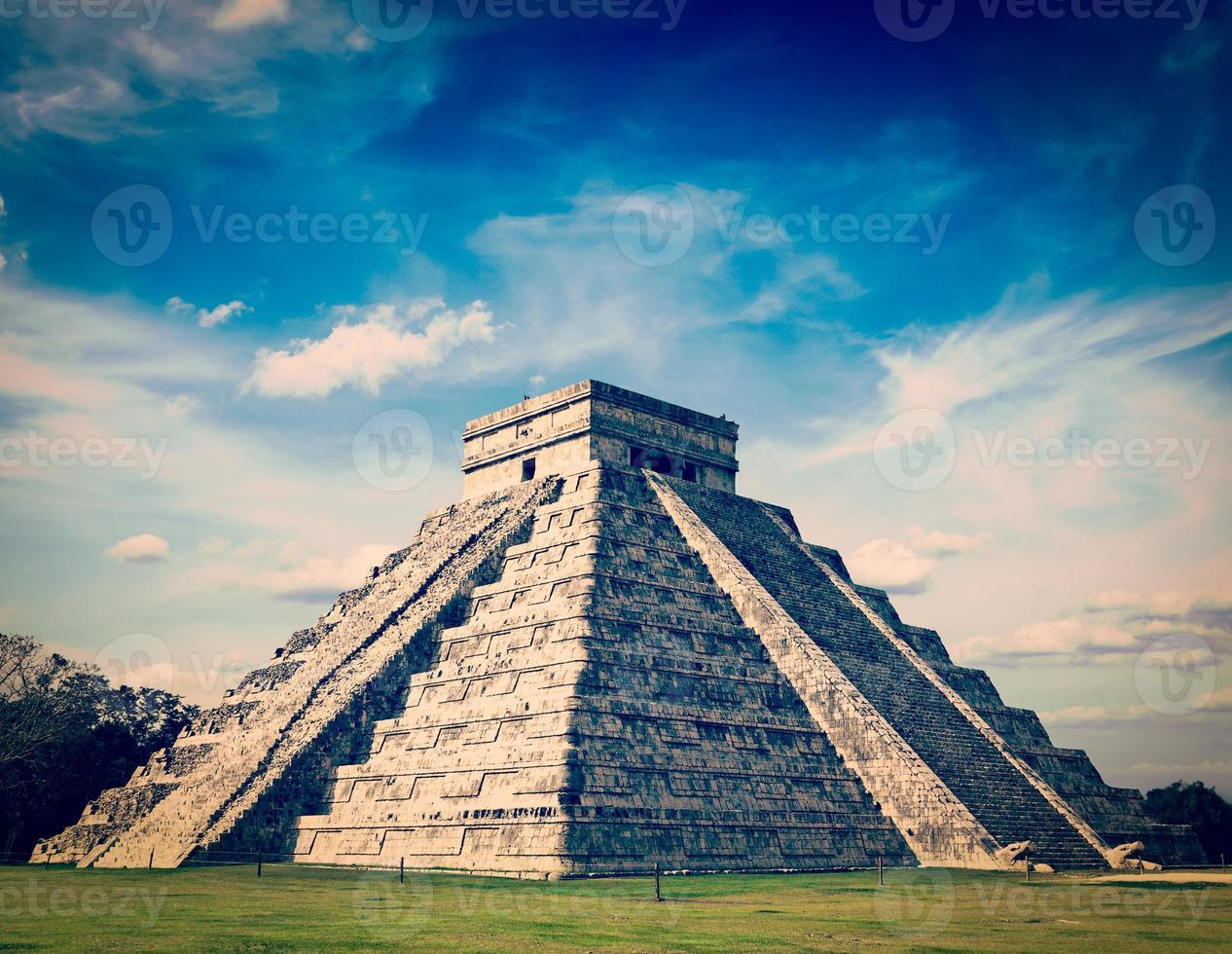 Maya-piramide in Chichen-Itza, Mexico foto