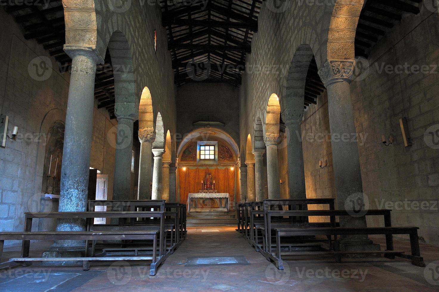 oude overdekte kerk foto