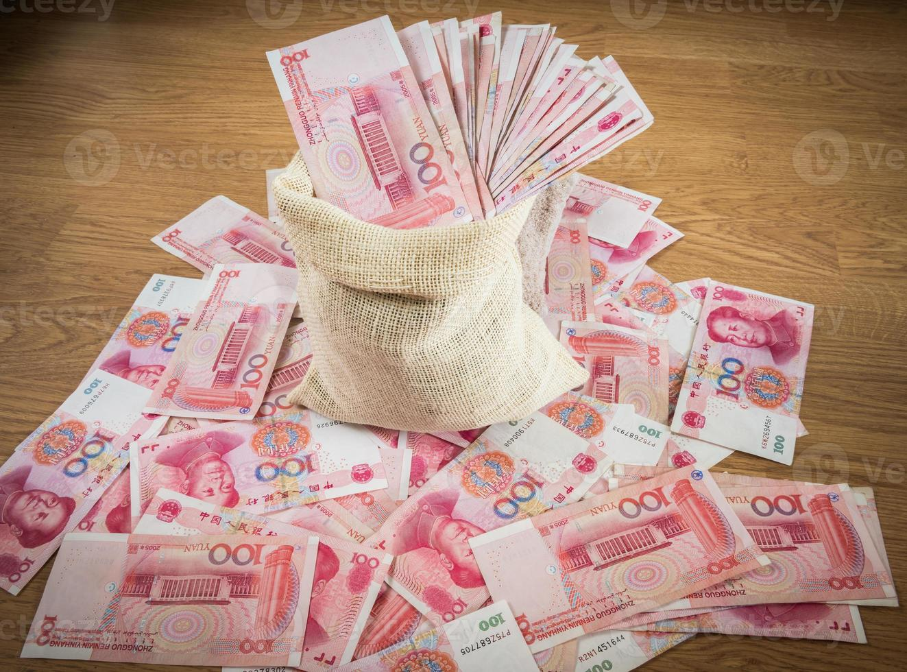 honderd yuan, Chinees geld in zak foto
