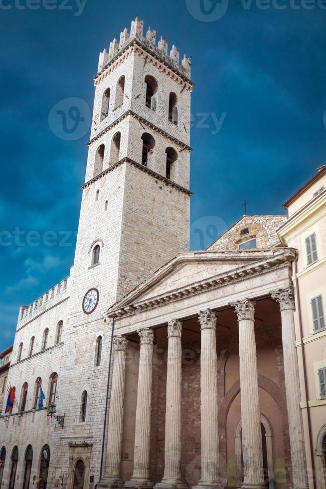 prachtige architectuur in Assisi, Umbrië, Italië foto