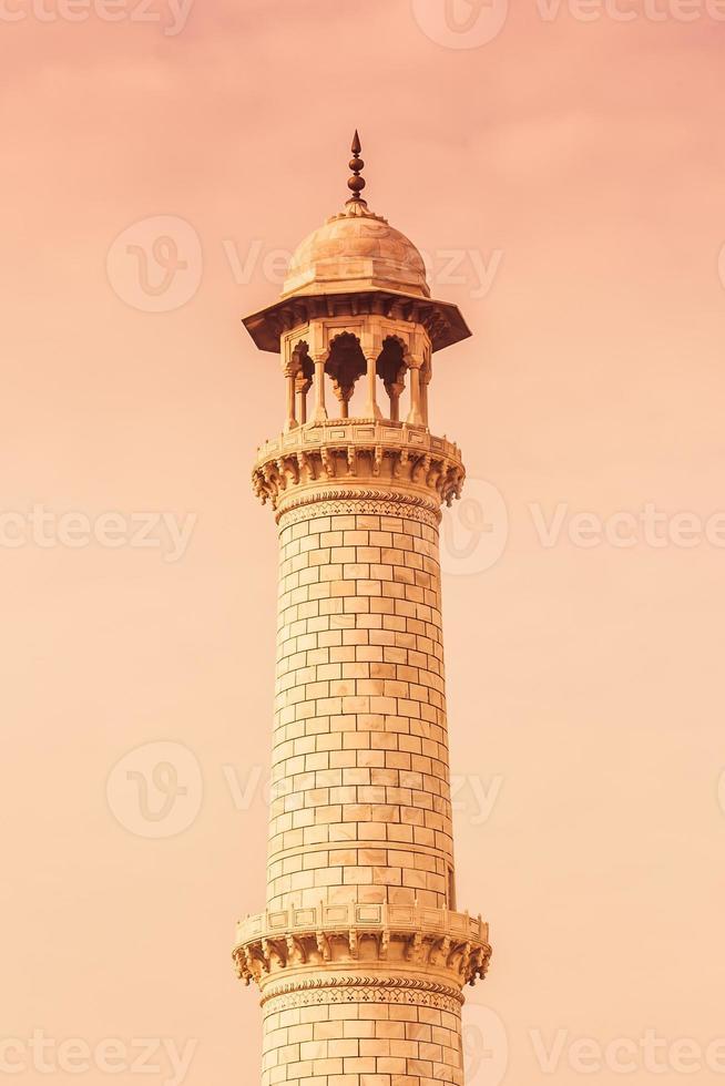 minaret van de taj mahal foto