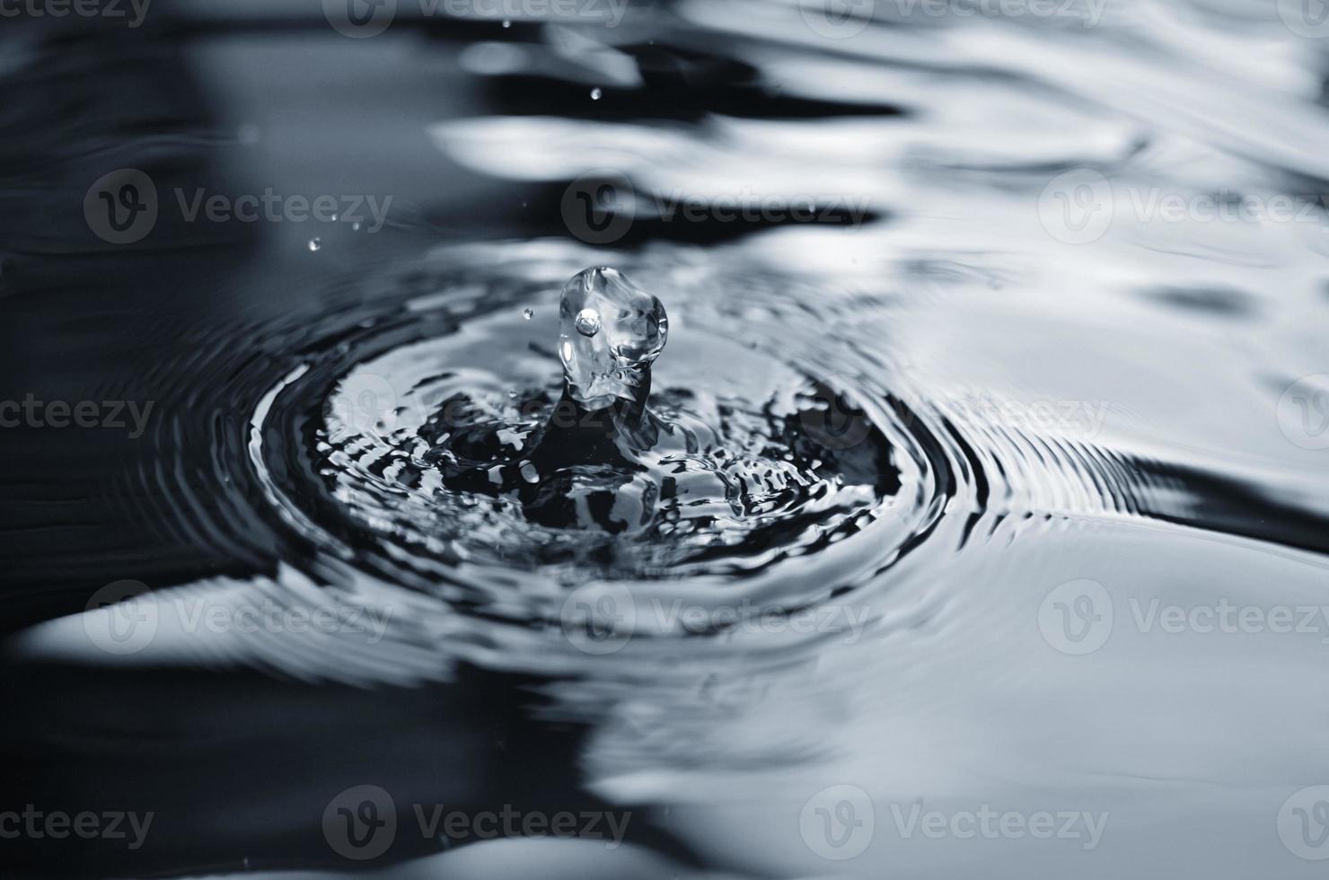 waterdruppels vallen foto