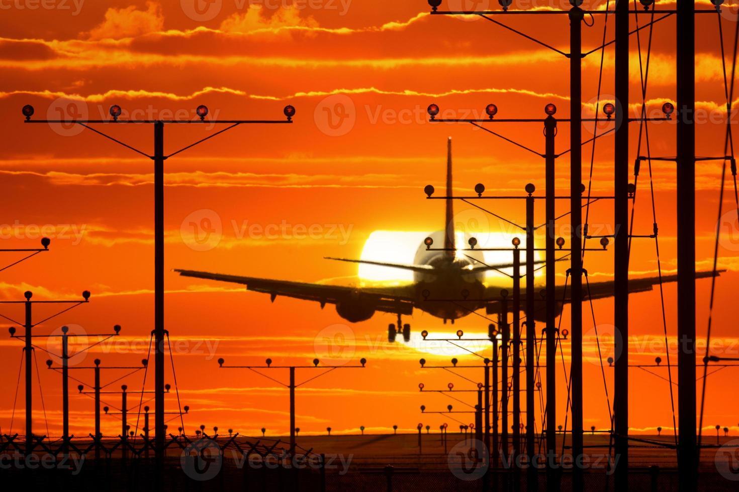 landend vliegtuig foto