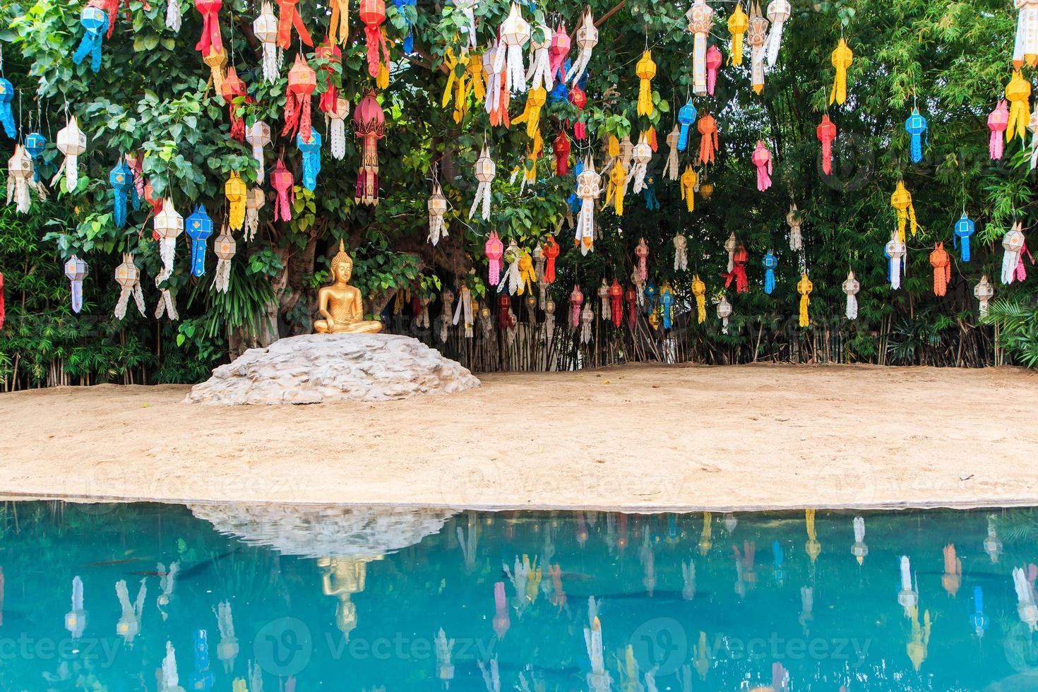 gouden Boedha bij de tempel chiang MAI Thailand van wat phan tao foto