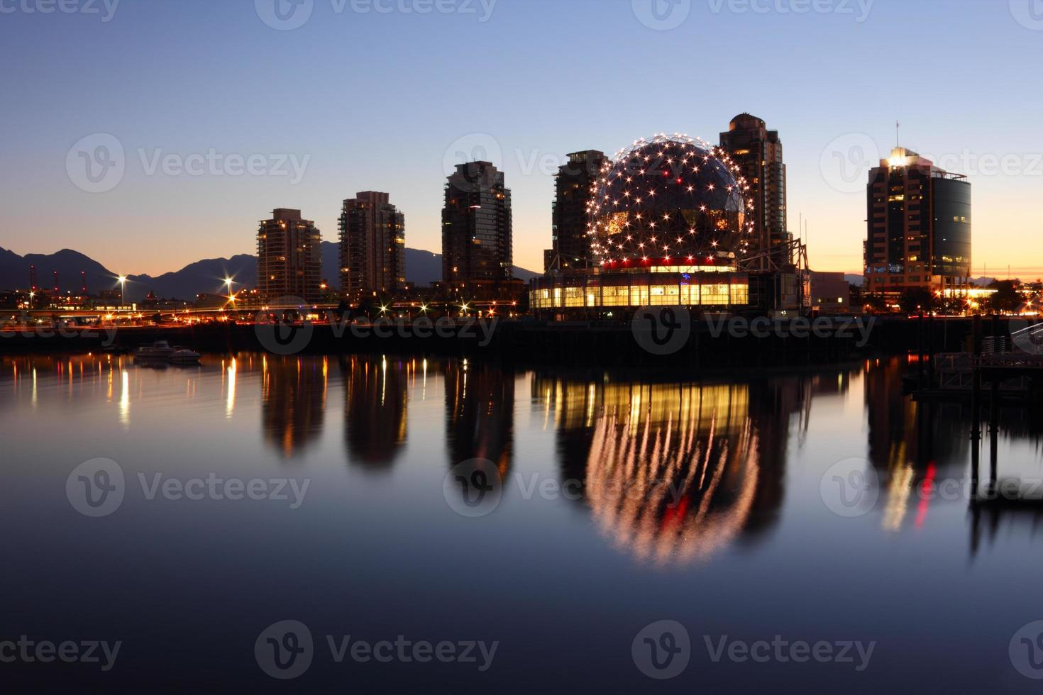 valse kreek ochtend reflecties, Vancouver foto