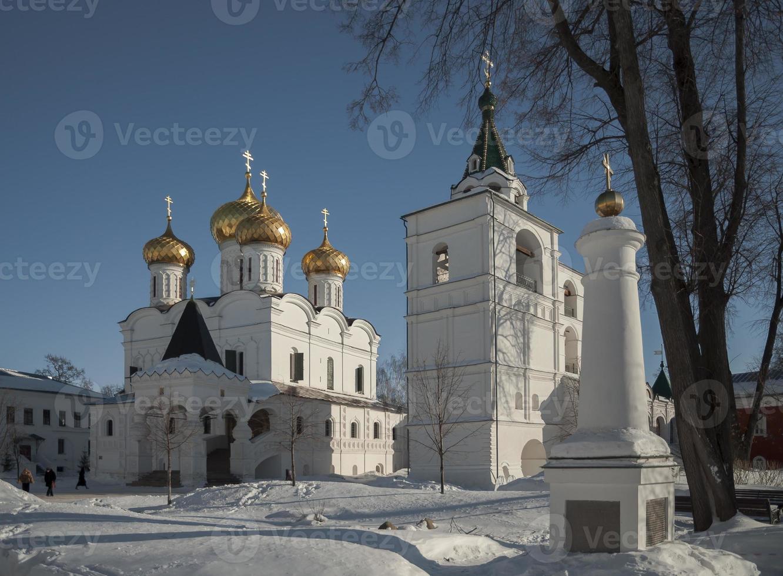 heilige drie-eenheid ipatiev klooster binnen. foto