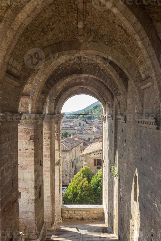 stadsgezicht van Gubbio bij Perugia (Italië) foto