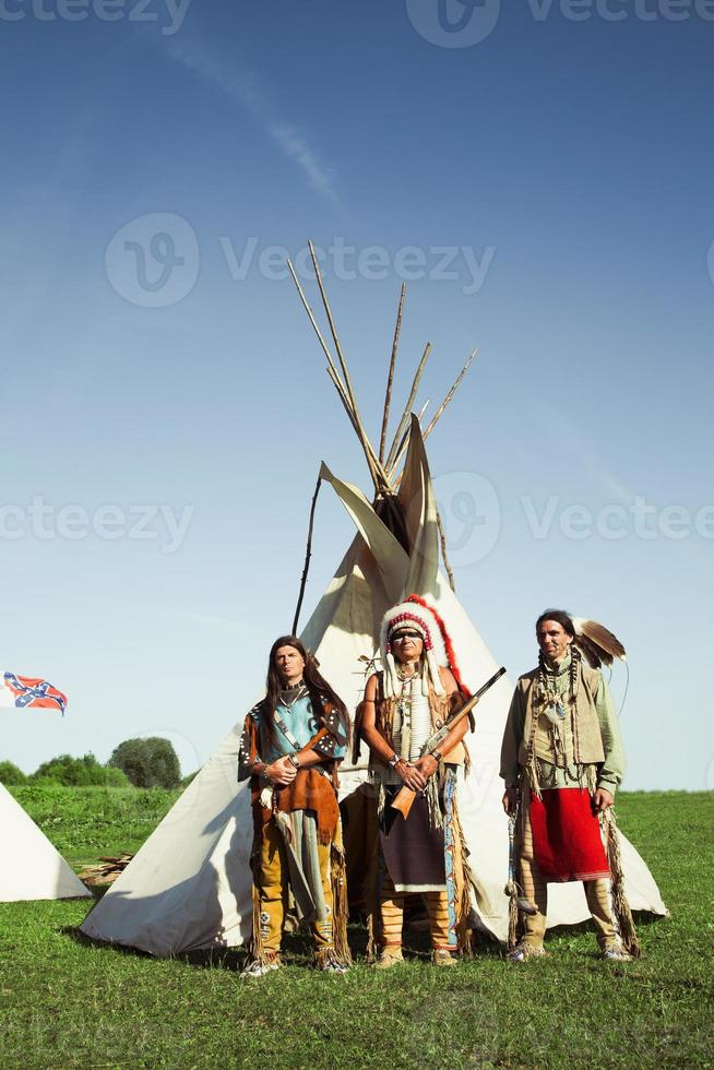 groep van Noord-Amerikaanse Indianen foto