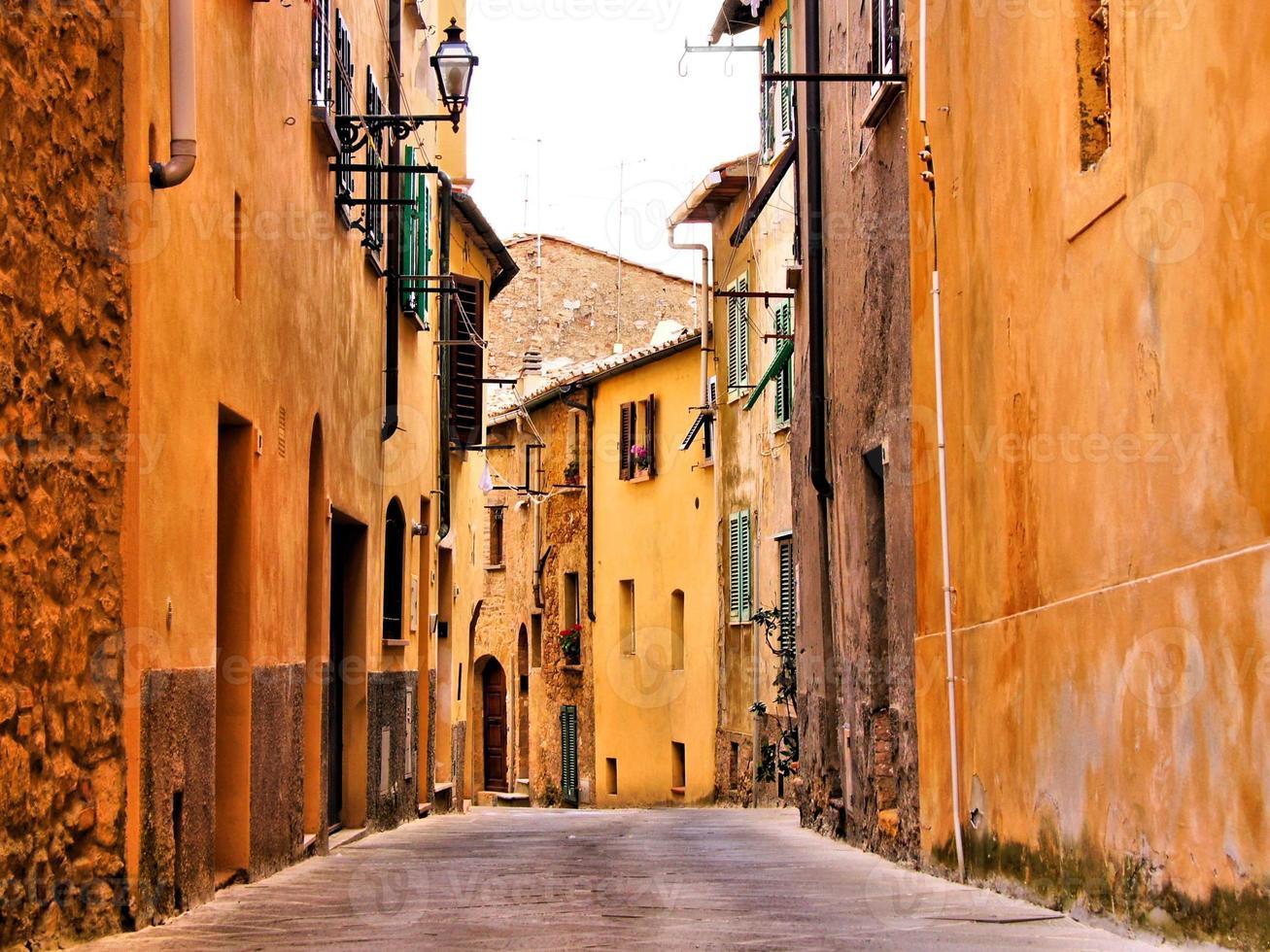 middeleeuwse Italiaanse straat foto