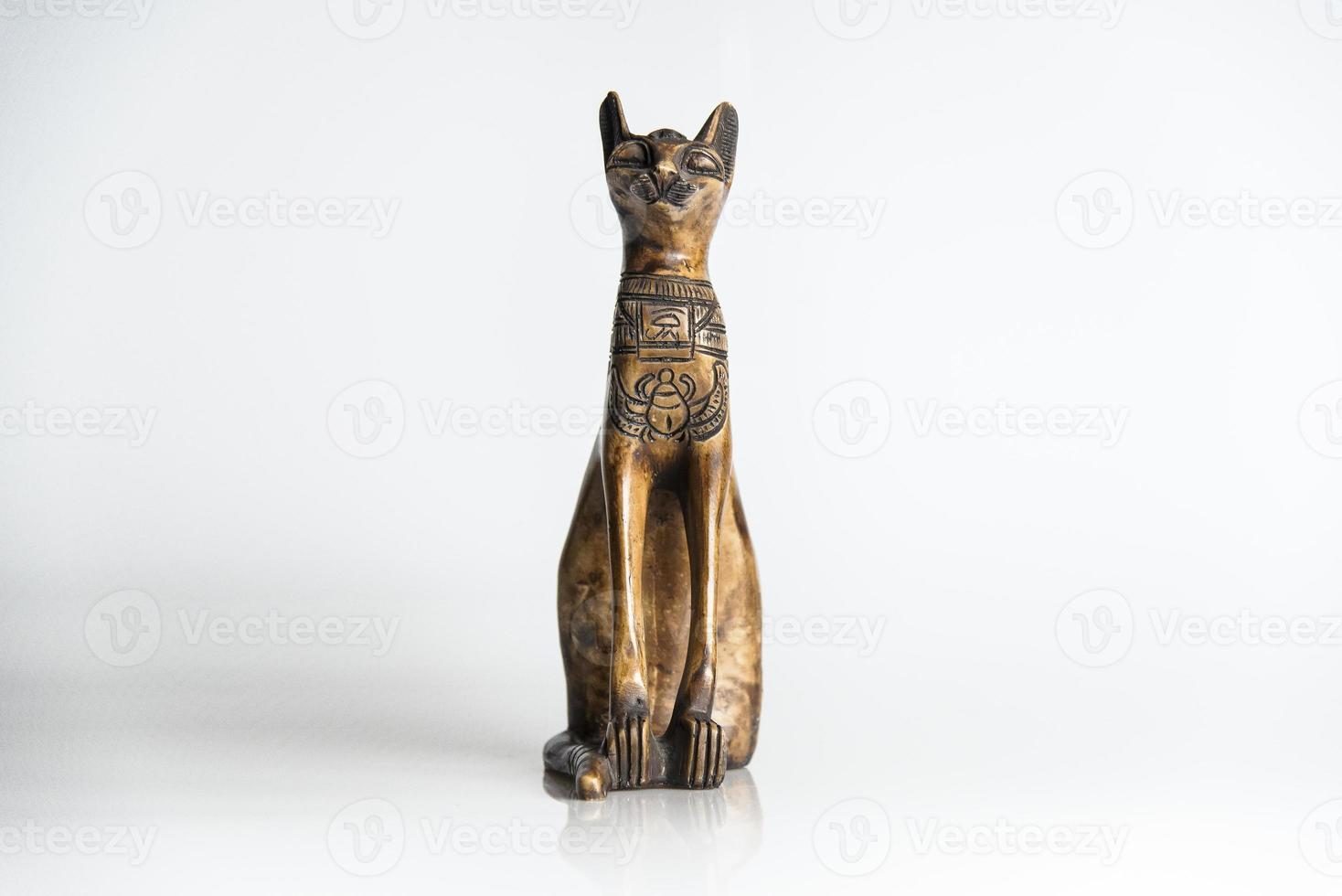 houten kat - souvenir uit Egypte foto