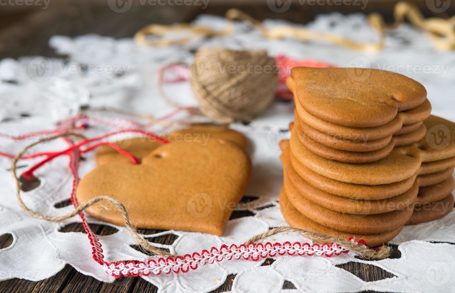 koekjes gemaakt van honingdeeg foto