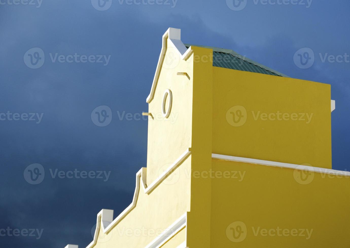 geel gebouw foto