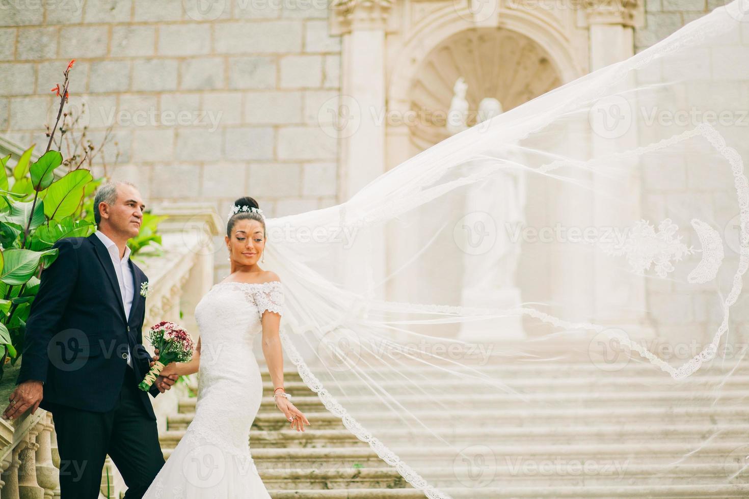 bruiloft bruid en bruidegom foto
