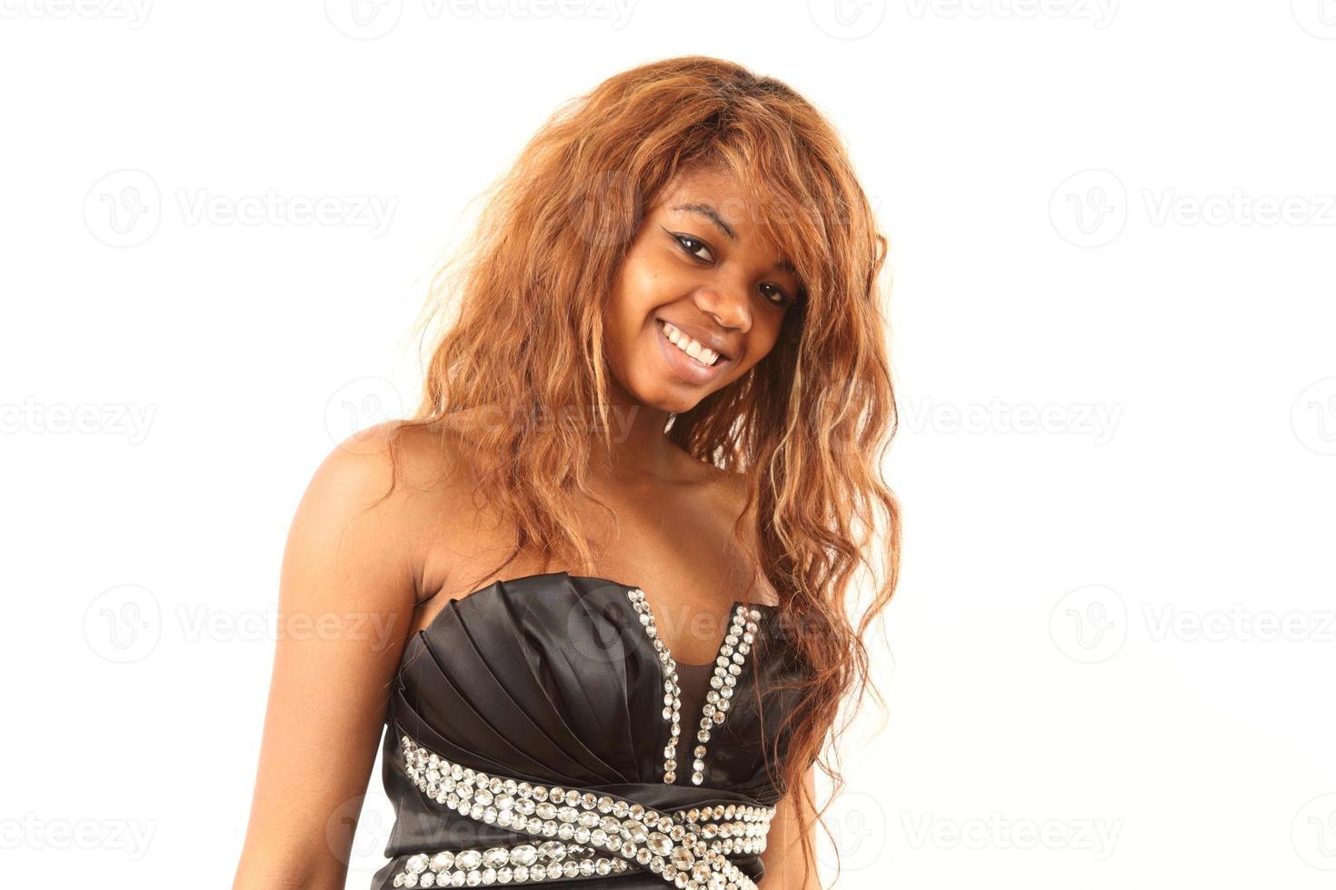 Afrikaanse vrouw in een mooie jurk foto