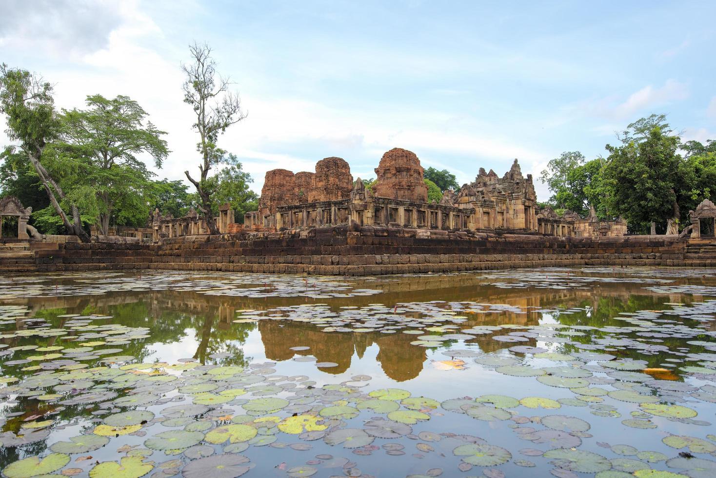 prasat muang tam in Thailand foto