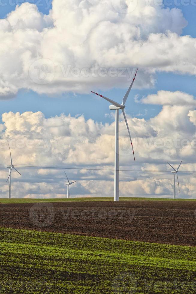 windturbine stroomgenerator productie van hernieuwbare energie foto