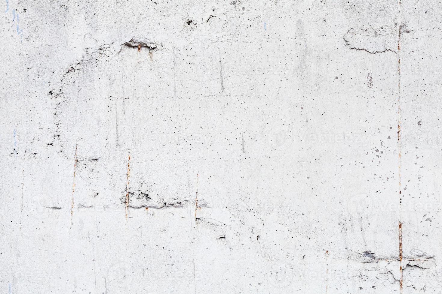 achtergrondstructuur van witte betonnen wand met wapening foto
