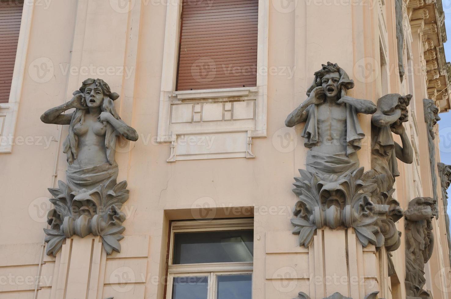 marmont straat in de split met gevelversiering kroatië hrvatska foto