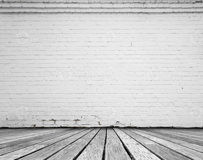 kamer met witte baksteen foto
