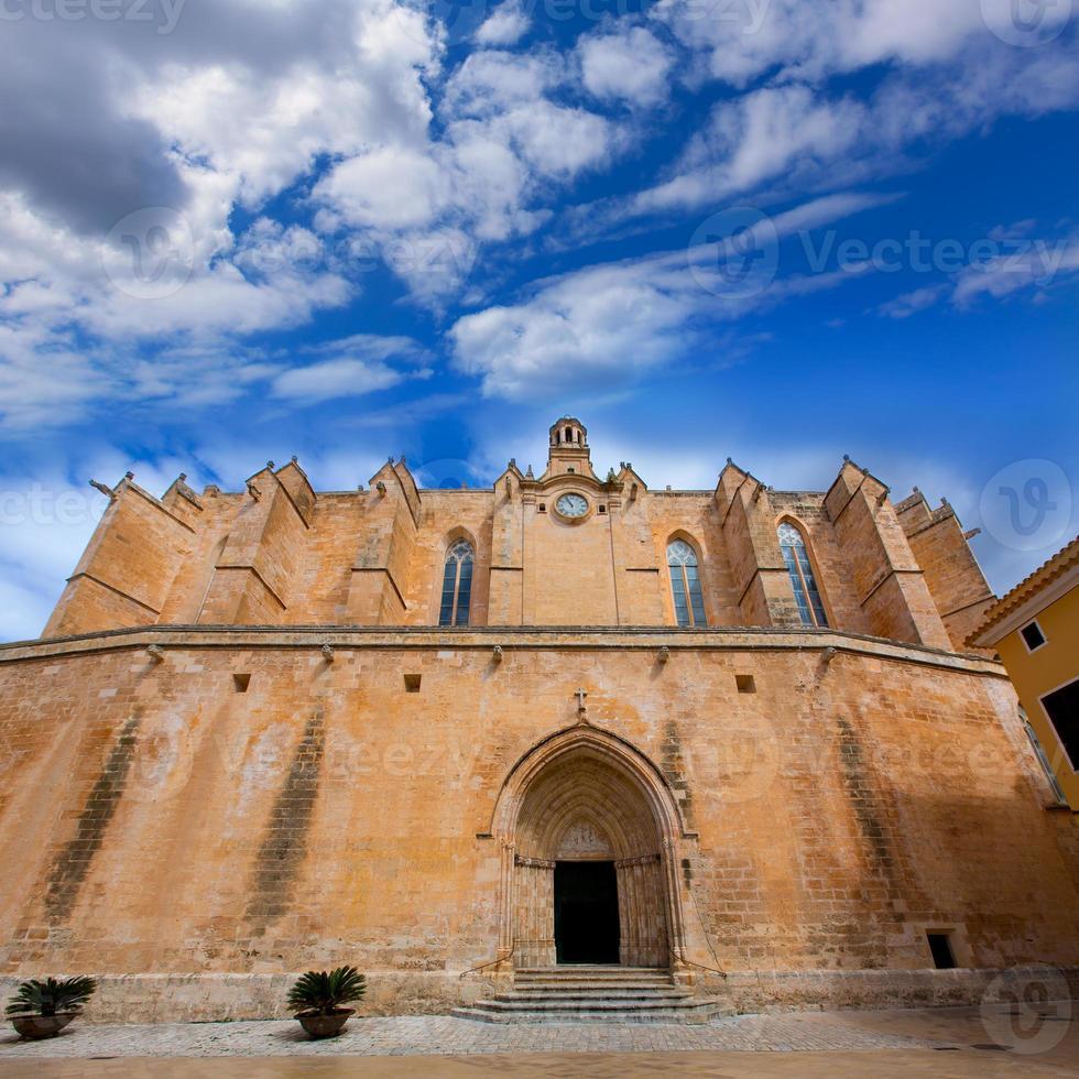 ciutadella menorca kathedraal in ciudadela op de balearen foto