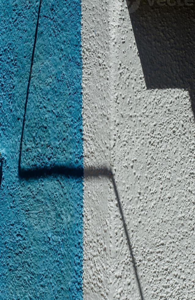 licht en kleurenspel van de muur foto