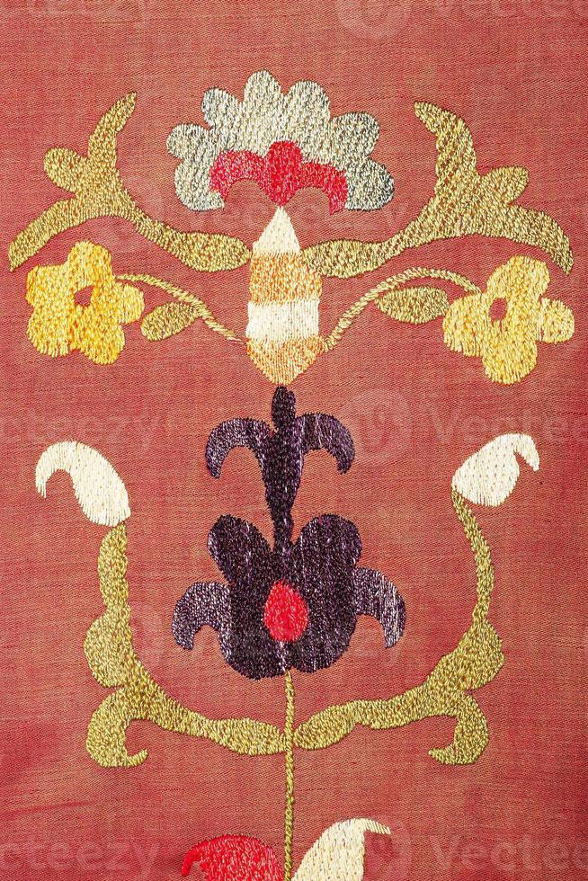 oud kleurrijk Arabisch tapijtwijnoogst foto