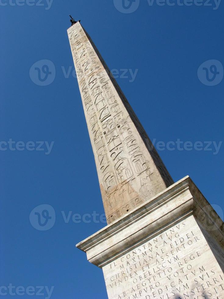 s. giovanni obelisk foto