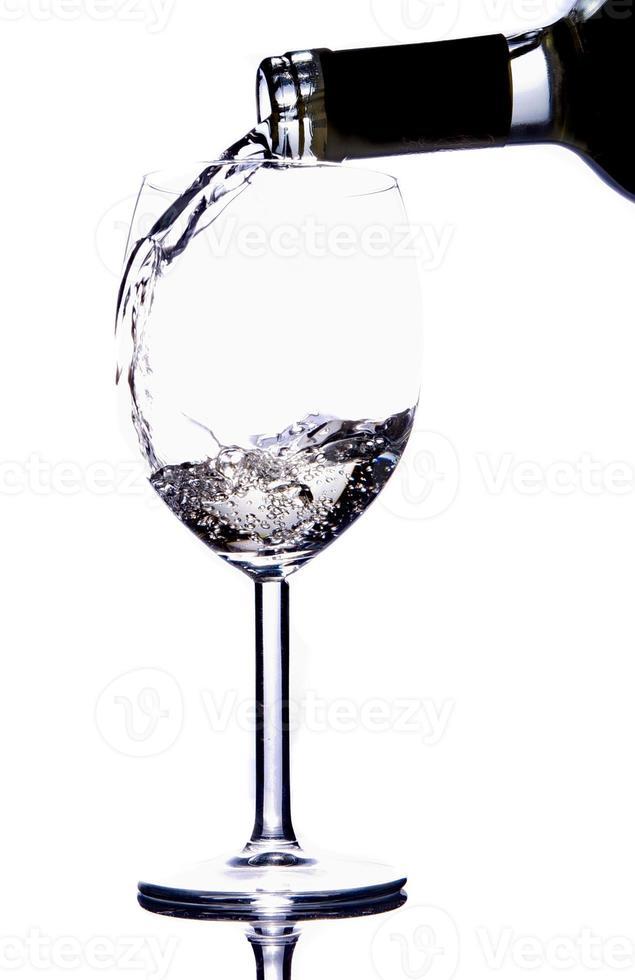 gieten witte wijnstok foto
