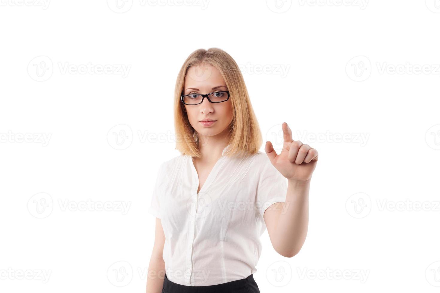 jonge zakenvrouw toont iets foto