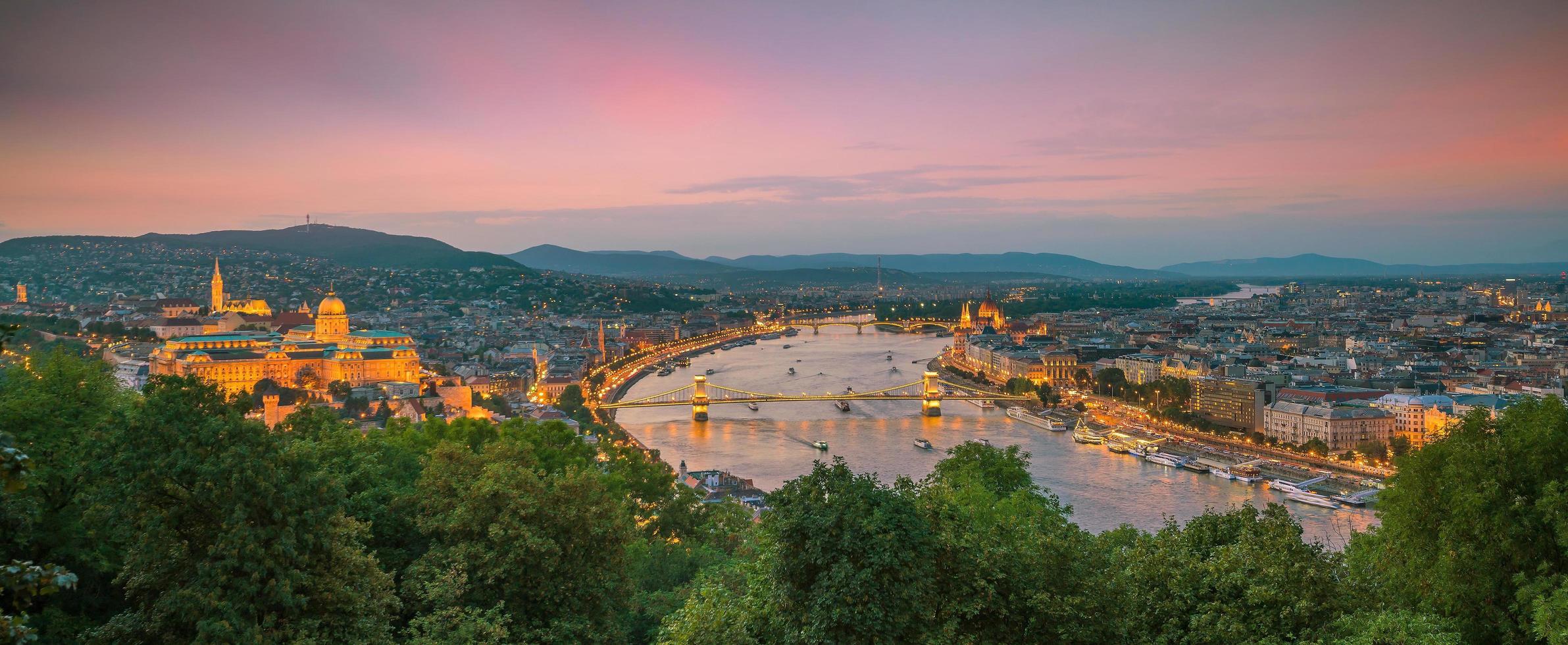het centrum van boedapest in hongarije foto
