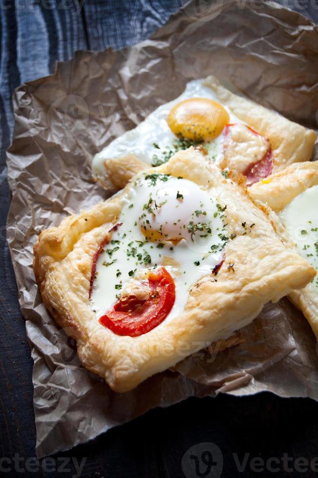 bladerdeeg sandwiches foto