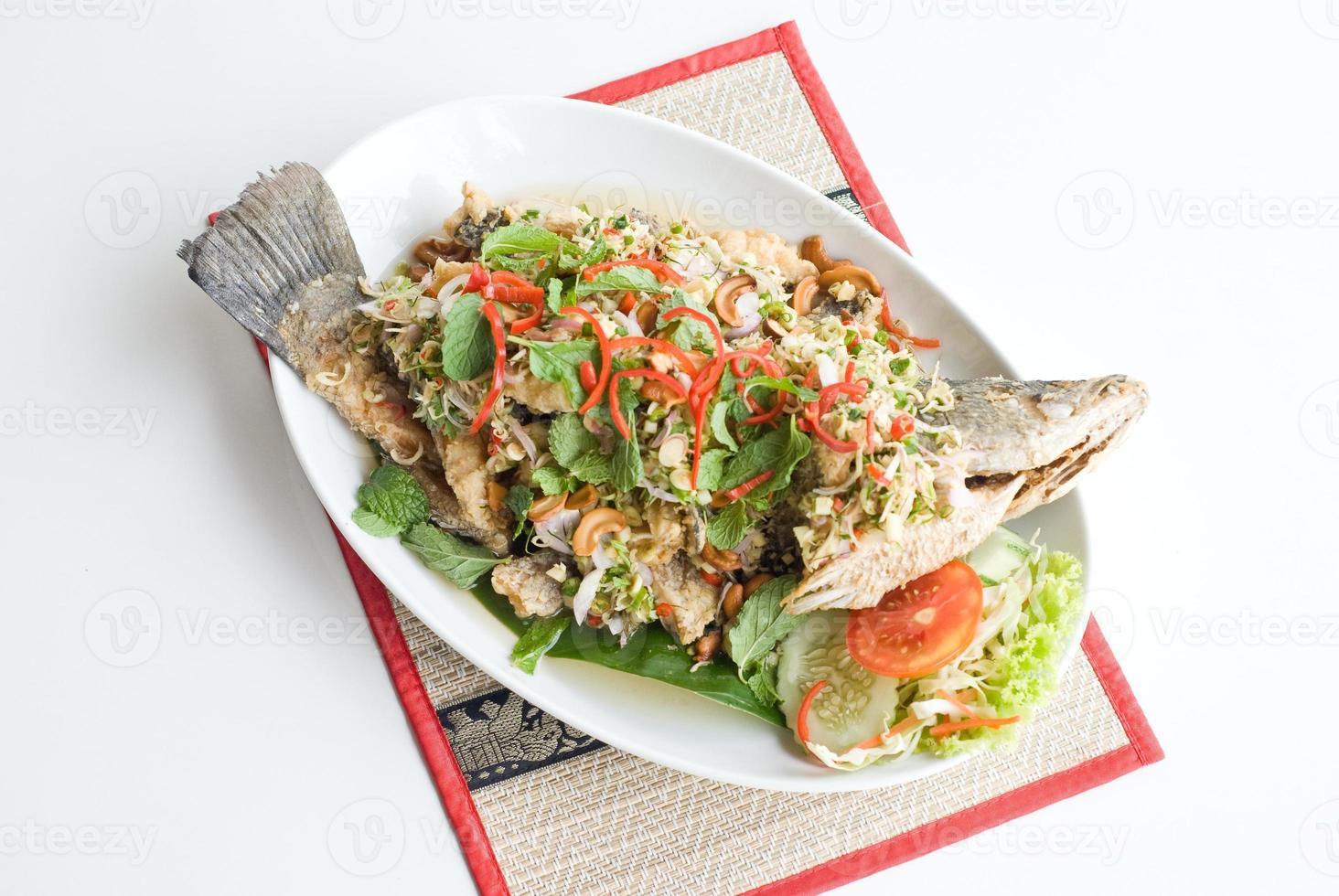 pittig gebakken vis foto