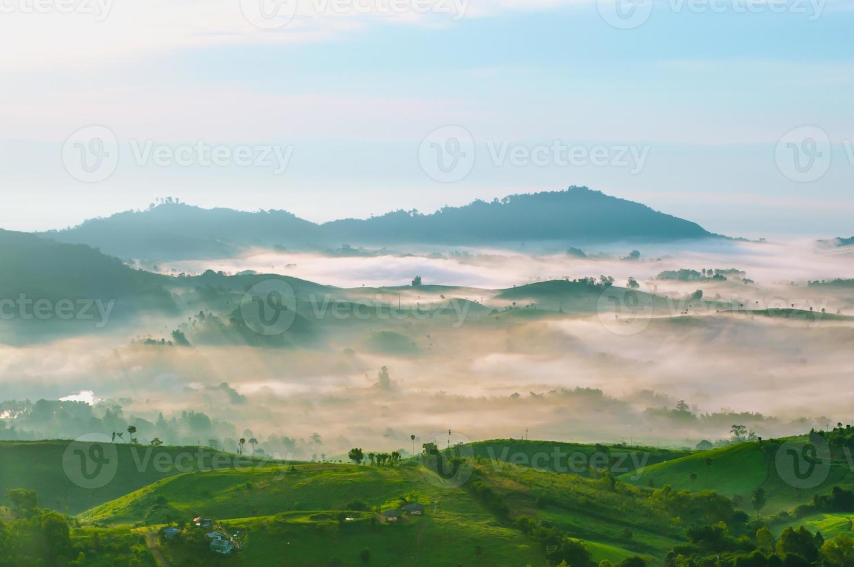 mooie bergen foto