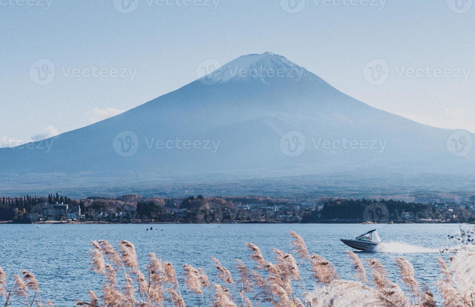 blauwe fuji-berg foto