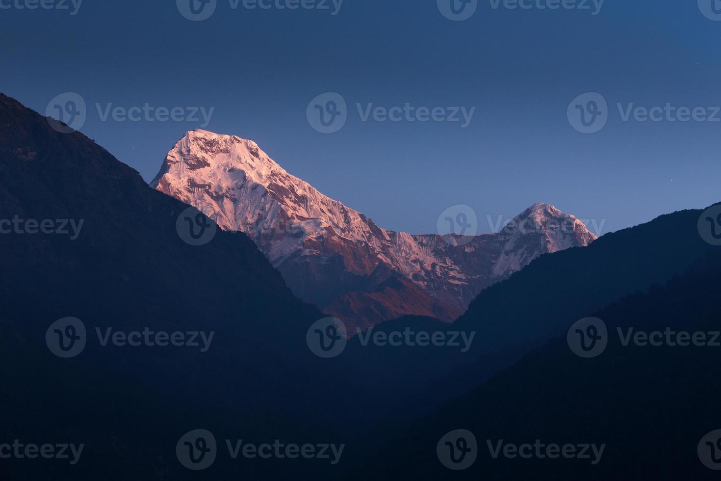 annapurna i himalayagebergte foto