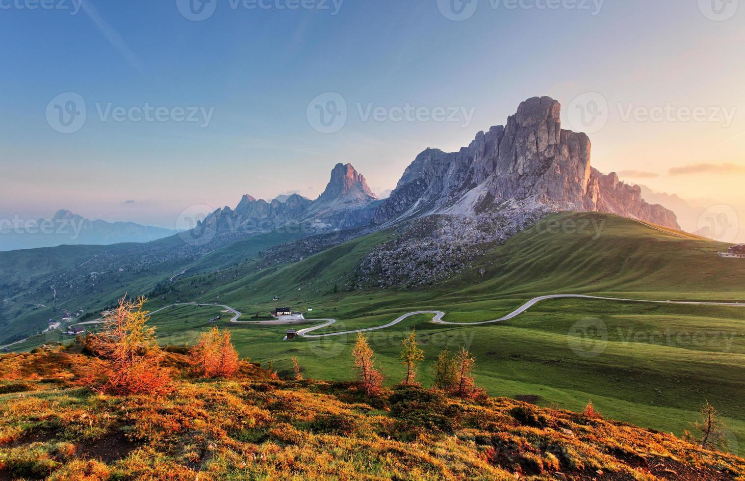 landschap natuur mountan in alpen, dolomieten, giau foto