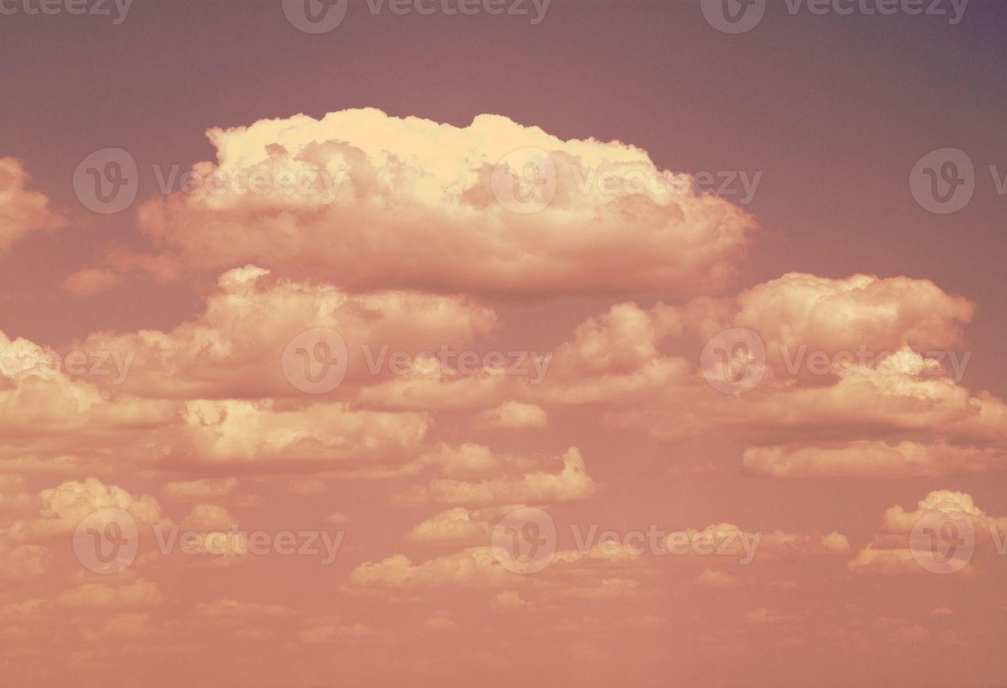 blauwe lucht foto