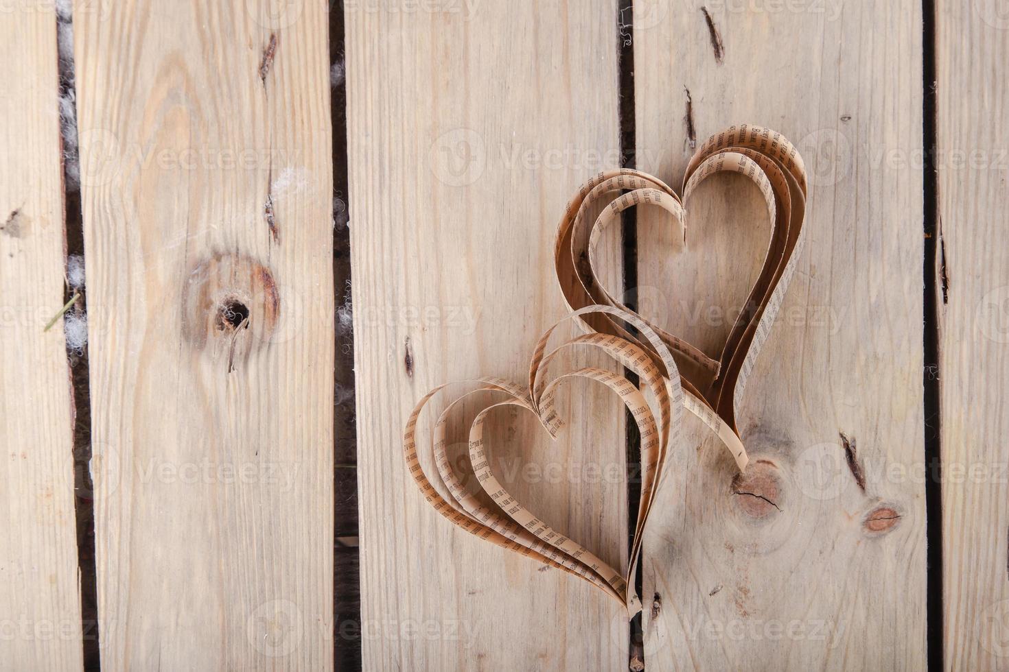 hartvormige uitgesneden st valentines harten foto