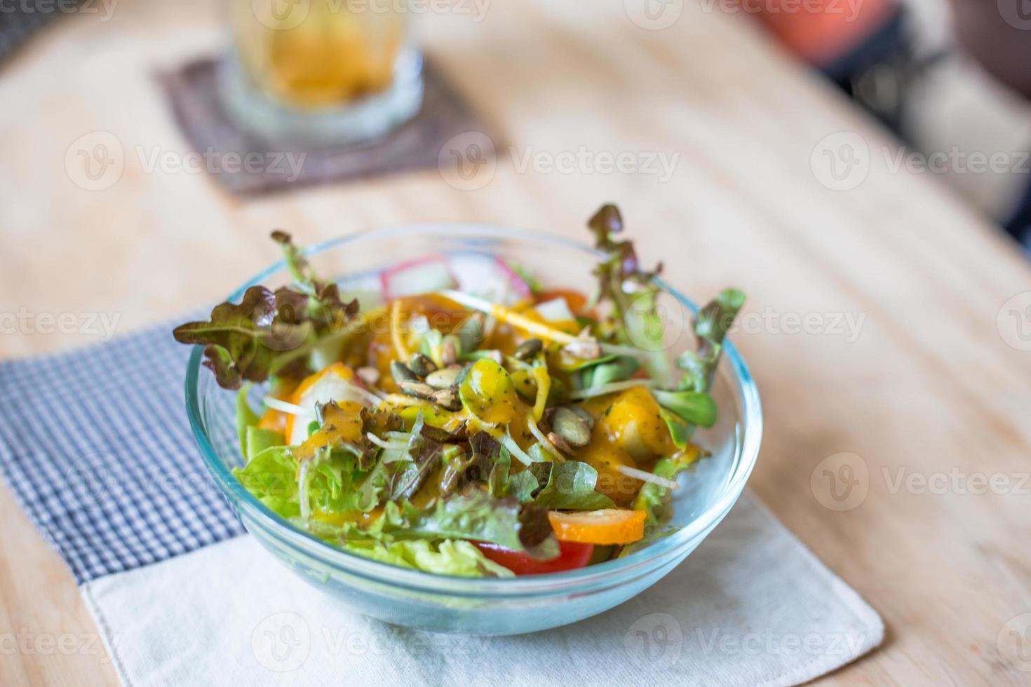 schone gezonde fruitsalade foto