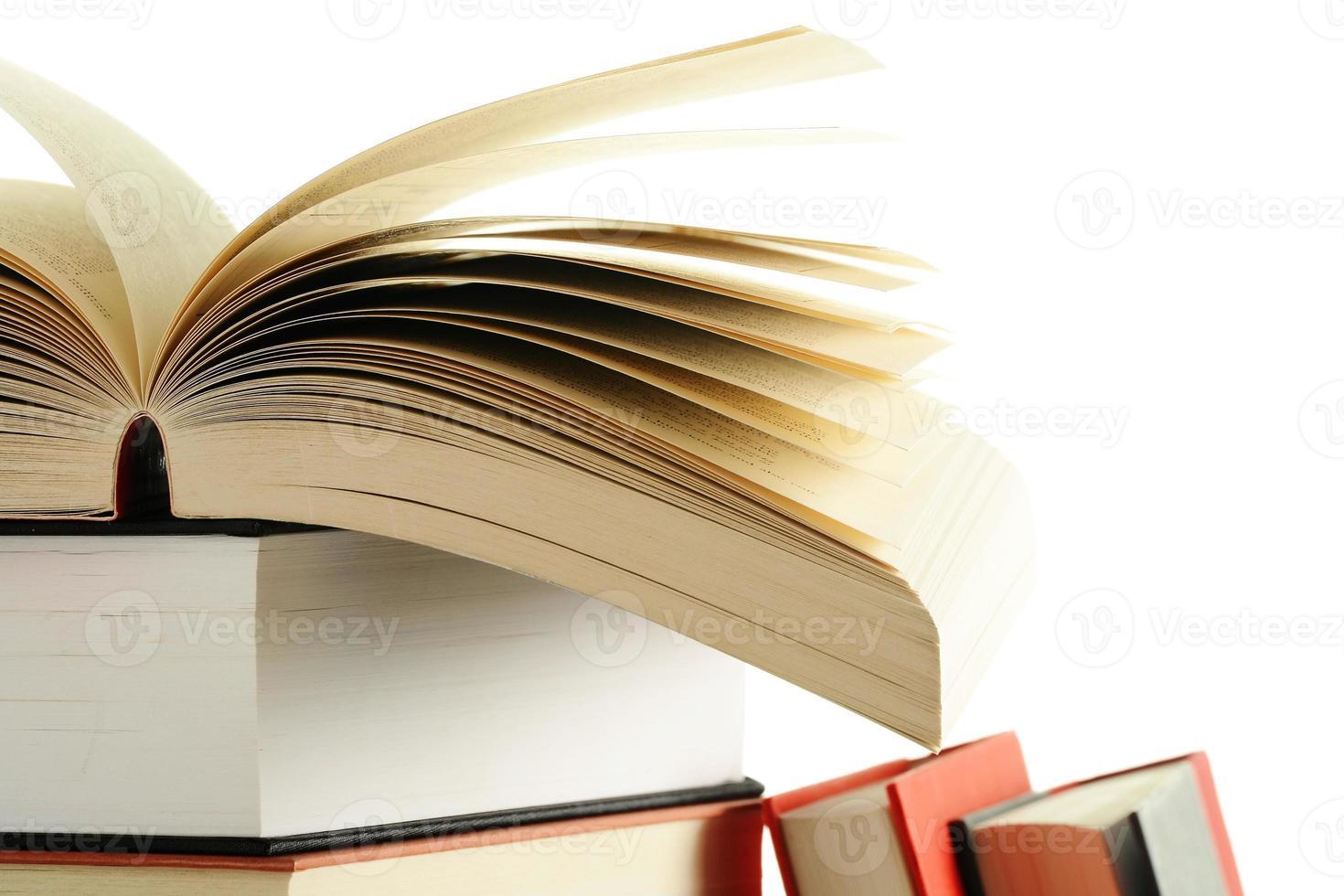 boeken op tafel foto