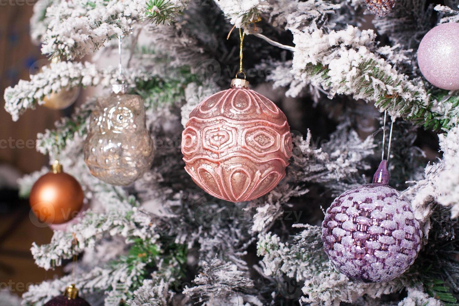 versierde kerstboom foto
