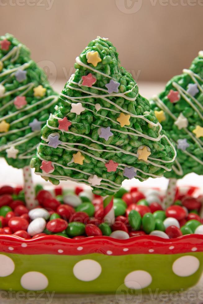 rijst knapperige repen versierd voor kerst foto