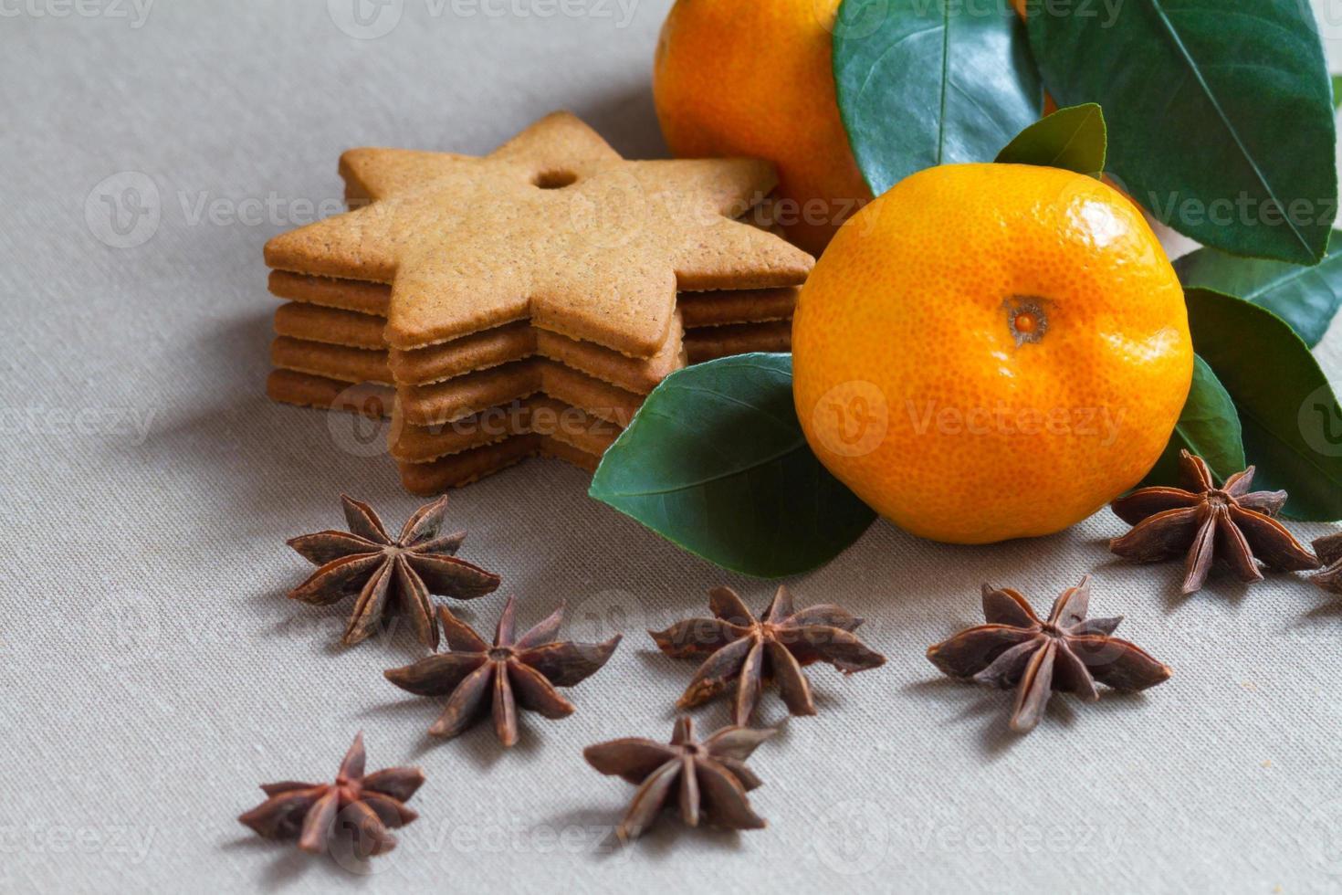 mandarijn en koekjes foto