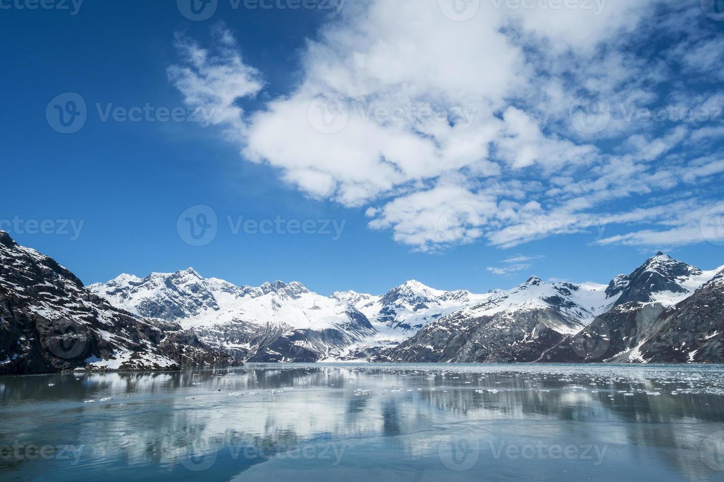 gletsjerbaai nationaal park alaska foto
