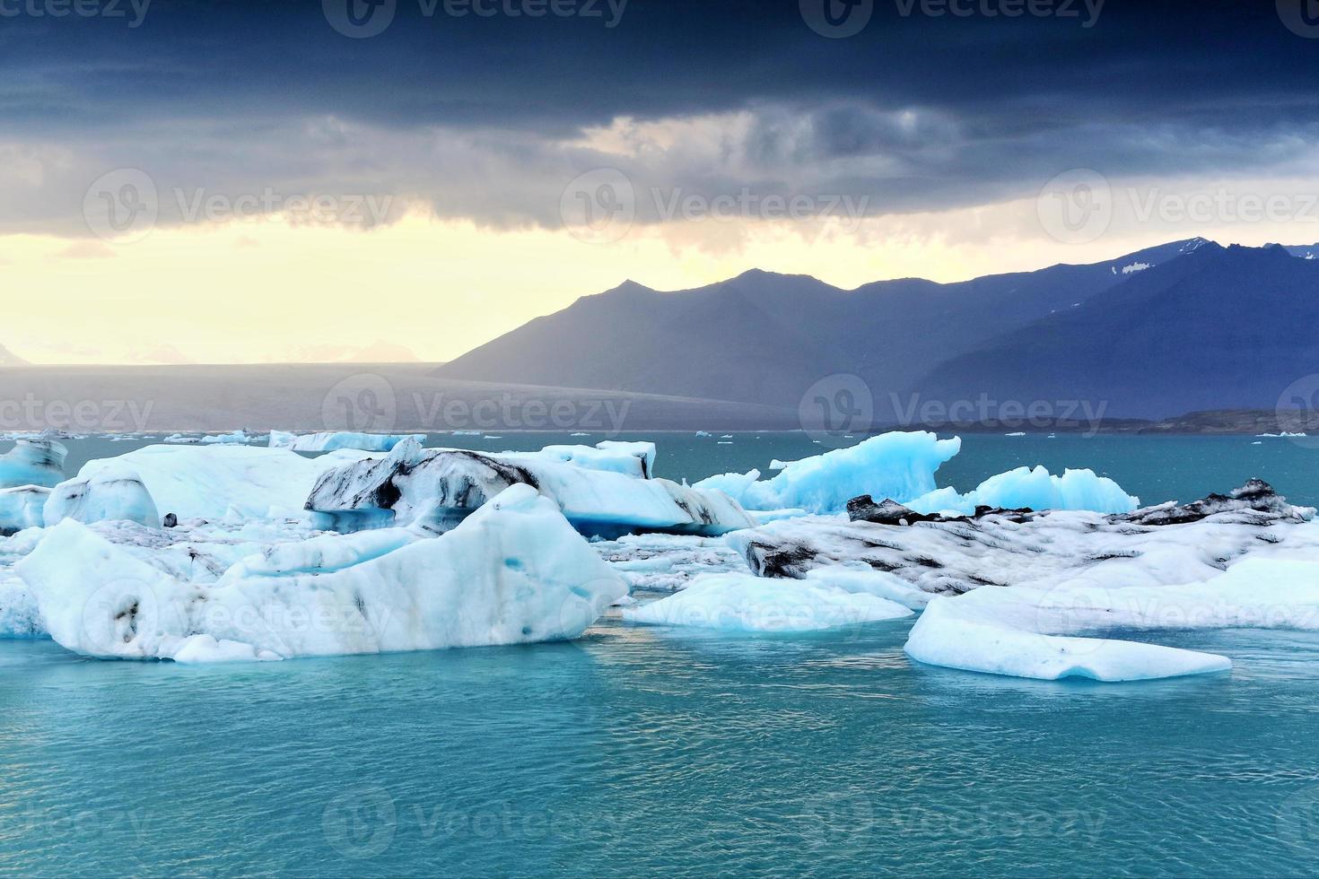 glacierlagoon jökulsárlón, ijsland foto