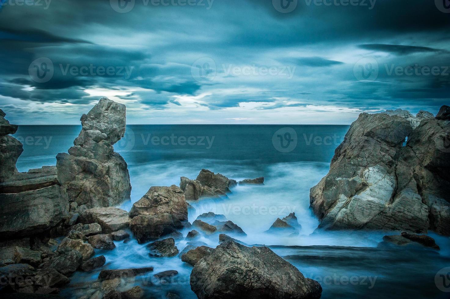 espuma en el mar foto