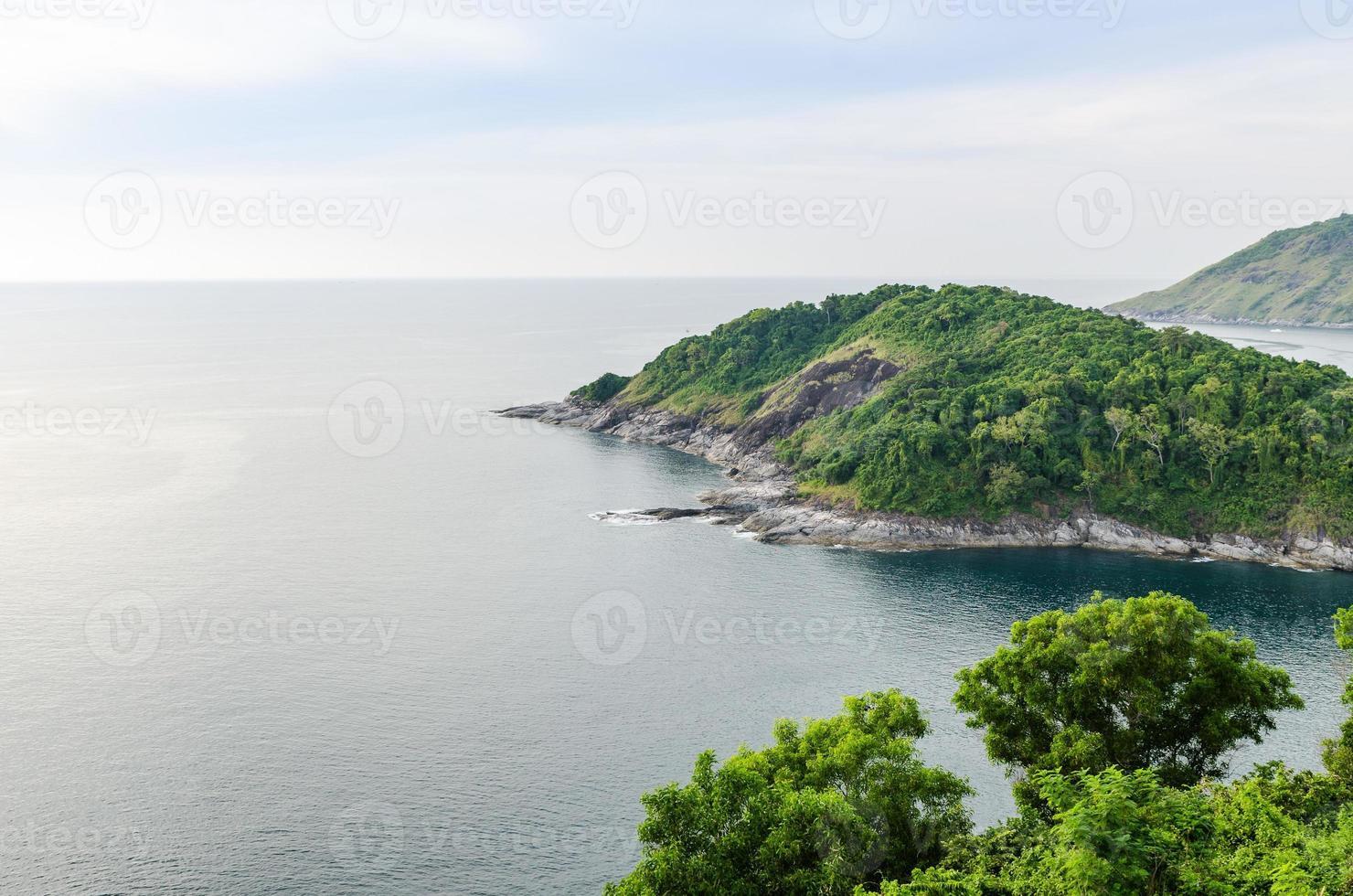 luchtfoto op het eiland Phuket foto