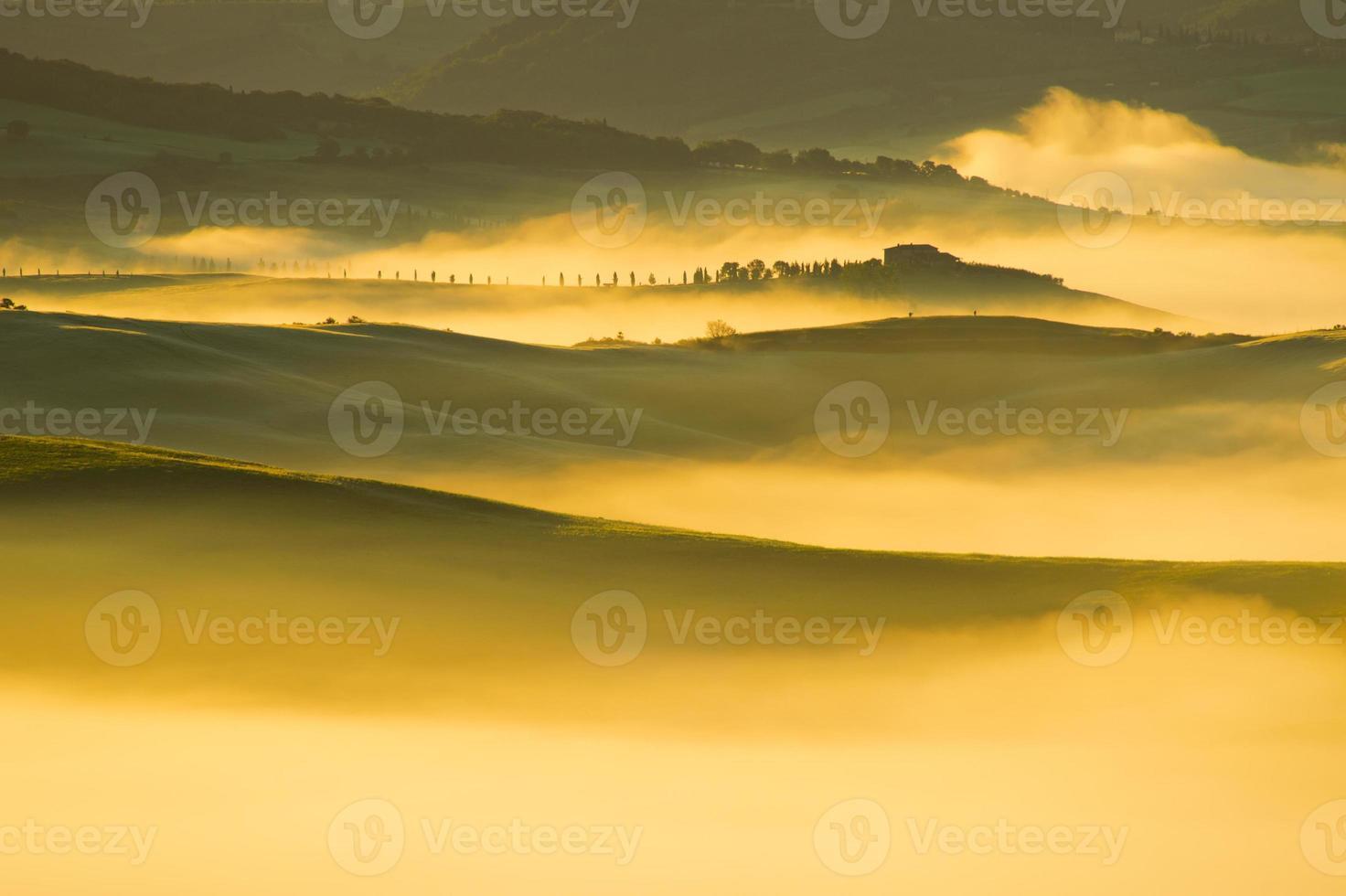 Toscaans landschap dichtbij Pienza, Val d'Orcia Italië foto
