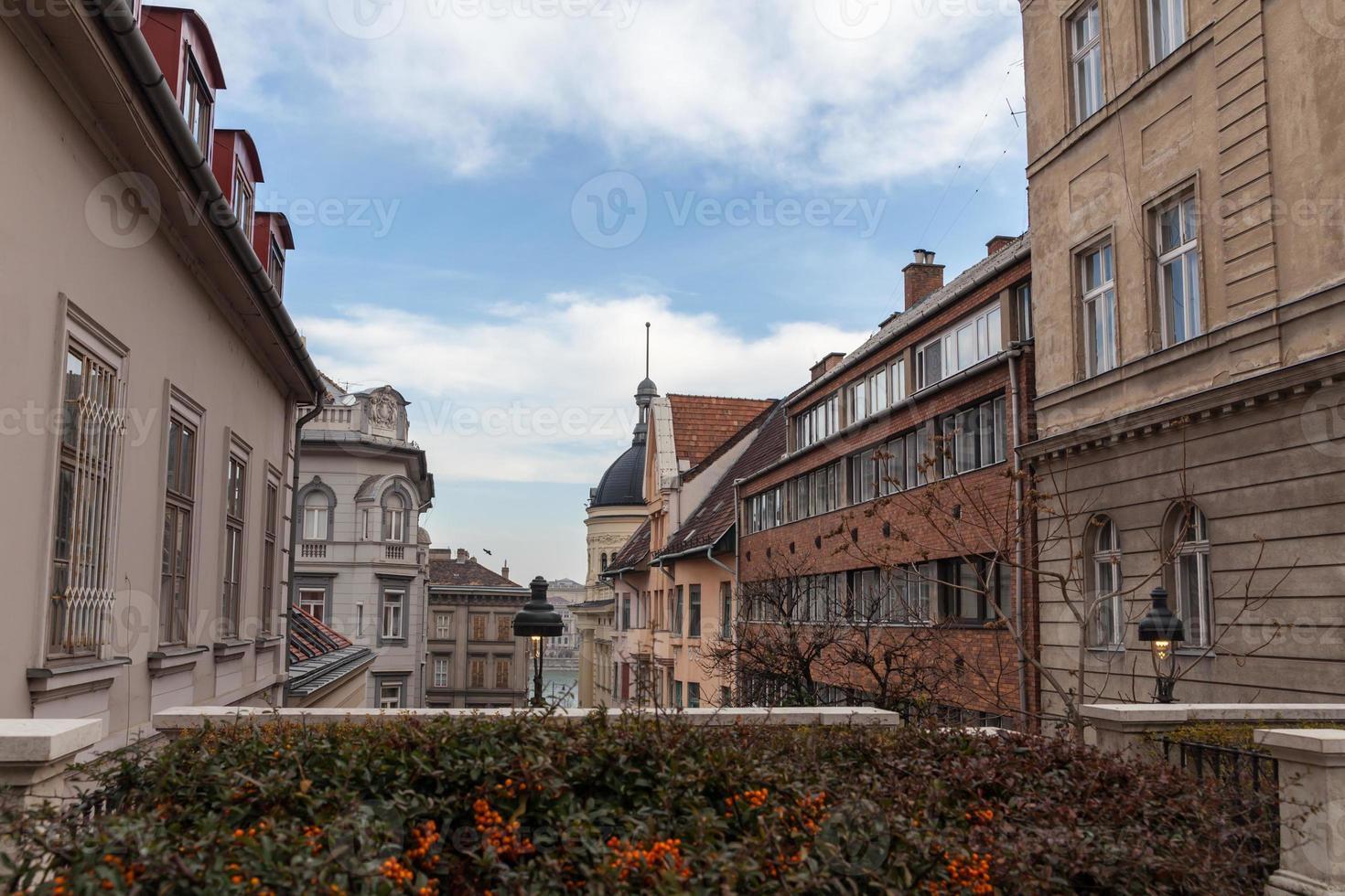 gebouwen in het historische centrum van Boedapest, Hongarije foto